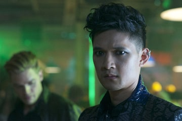 Magnus Bane (Harry Shum Jr.)