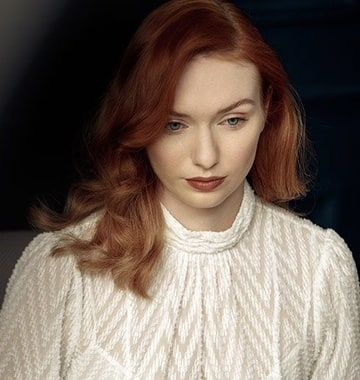 Eleanor Tomlinson as Molly Weasley II