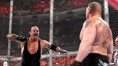 Brock Lesnar vs. The Undertaker (WWE, Hell in a Cell 2015)